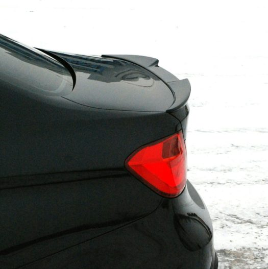 Спойлер с вырезом Movery BMW-3(f30)