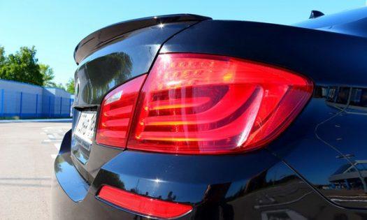 Спойлер на BMW-5 (f10) с вырезом